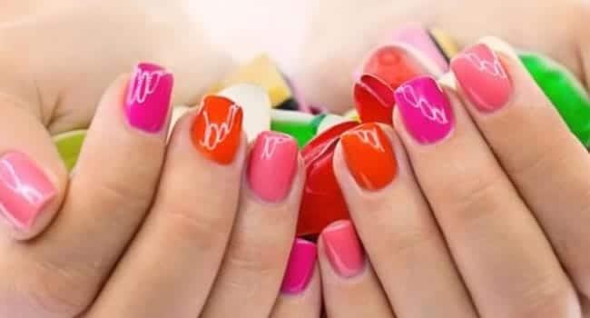 manicure uñas cortas esmaltado